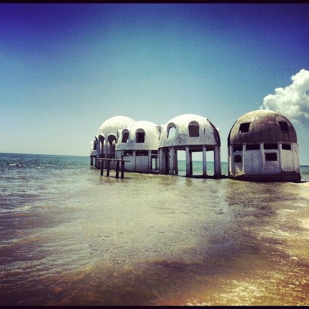 3. Casas con domo abandonadas en el Suroeste de Florida